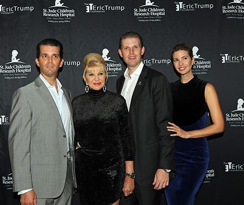 Vợ cũ khuyên Trump nên đi đánh golf thay vì tái tranh cử