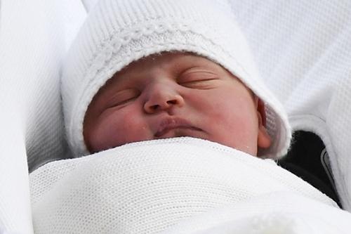 Con trai mới sinh của vợ chồng Hoàng tử William. Ảnh: AFP.