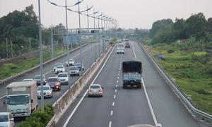 Những hiểm nguy trên cao tốc TP HCM - Trung Lương