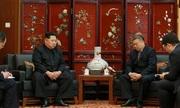 Kim Jong-un thăm sứ quán Trung Quốc để chia buồn về tai nạn xe buýt