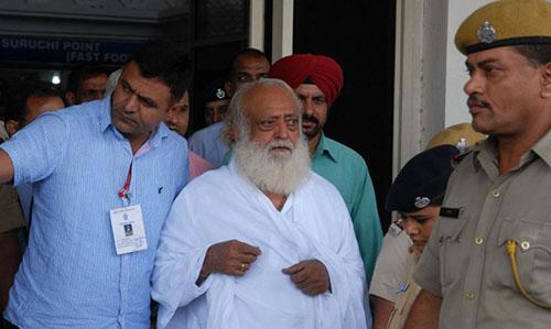 Giáo sĩ Ấn Độ bị kết tội hãm hiếp thiếu nữ 16 tuổi