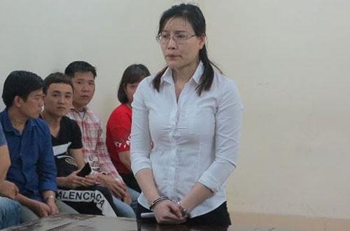 Nữ gia sư tự phong giám đốc, lừa đảo cả trăm nghìn USD