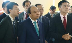 Thủ tướng Nguyễn Xuân Phúc thăm Cảng Singapore