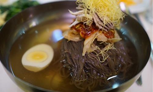 Món mỳ lạnh Bình Nhưỡng làm từ kiều mạch. Ảnh: BBC.