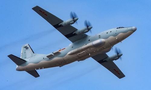 Một vận tải cơY-8 của không quân Trung Quốc. Ảnh:Sina.
