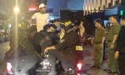 Quán bar trung tâm Sài Gòn bị cảnh sát phong toả, tìm ma tuý