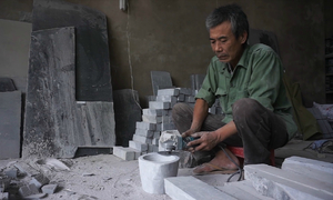 Người đàn ông 50 năm đục cối đá ở Thanh Hóa