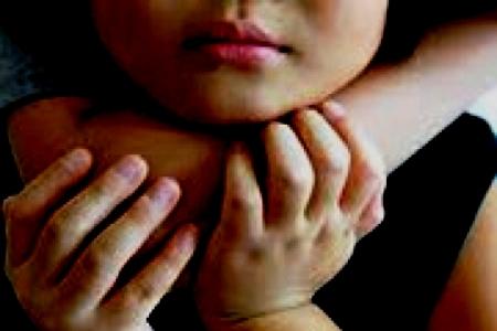 Người mẹ thú nhận đã gây trọng tội với con gái 9 tuổi
