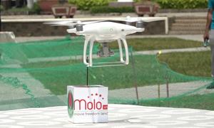 Giới trẻ Sài Gòn dùng flycam thi móc đồ vật