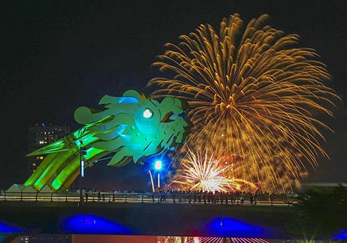 10 năm lễ hội pháo hoa trở thành 'thương hiệu' độc quyền của Đà Nẵng