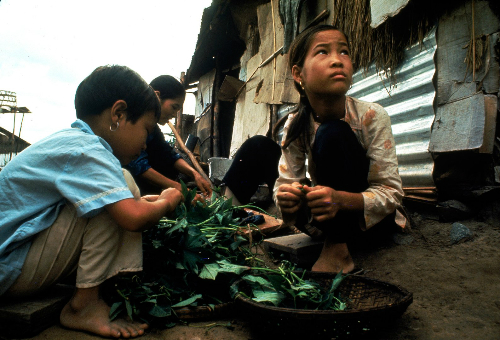 Nguyễn Thị Tròn năm 1968, ảnh: LIFE/Larry Burrows