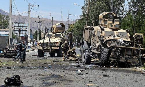 Hiện trường vụ đánh bom đoàn xe NATO. Ảnh: Afghanistan Times.