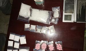 Thuê căn hộ 2.000 USD mỗi tháng tổ chức 'tiệc ma túy'