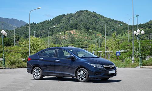 10 ôtô được quan tâm nhất trên VnExpress tháng 4