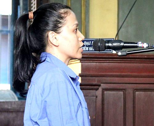 Rút 38 sổ tiết kiệm của khách, cán bộ ngân hàng ở Sài Gòn lĩnh án