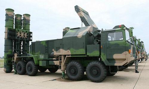 Tổ hợp HQ-9B, cùng loại với tên lửa Trung Quốc bị nghi đưa tới Trường Sa. Ảnh: Sina.