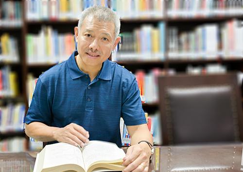 GS Trương Nguyện Thành. Ảnh: Đại học Hoa Sen.