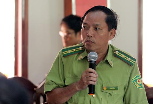 Ông Trần Lanh - bị cáchchức Hạt trưởng Hạt Kiểm lâm rừng phòng hộ Nam Sông Bung.Ảnh: Đắc Thành.