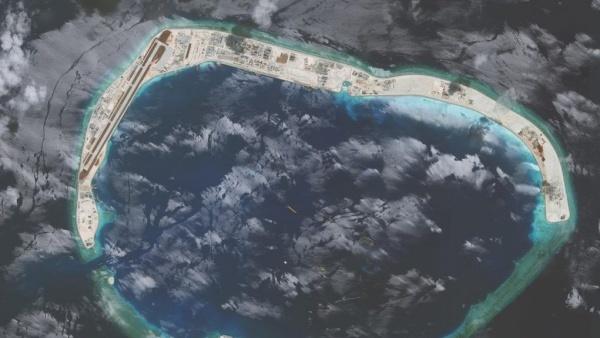 Đá Vành Khăn, một trong 7 đá ở quần đảo Trường Sa của Việt Nam bị Trung Quốc xây dựng trái phép thành đảo nhân tạo. Ảnh: Reuters.