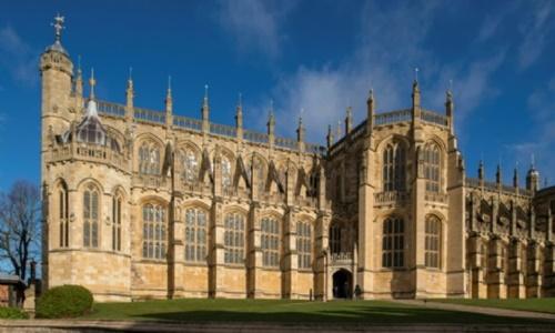 Nhà nguyện ở lâu đài Windsor nhìn từ bên ngoài. Ảnh: AFP.