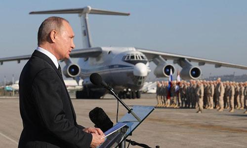 Putin phát biểu trước các binh sĩ Nga ở Syria năm 2017. Ảnh: Sputnik.