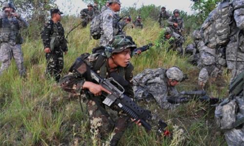 Các binh sĩ Mỹ vàPhilippines trong một cuộc tập trận chung. Ảnh: Phil Star.
