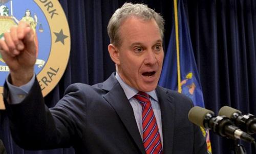 Tổng chưởng lý bang New York, Mỹ, Eric Schneiderman từ chức giữa bê bối tình dục. Ảnh: Fox News.