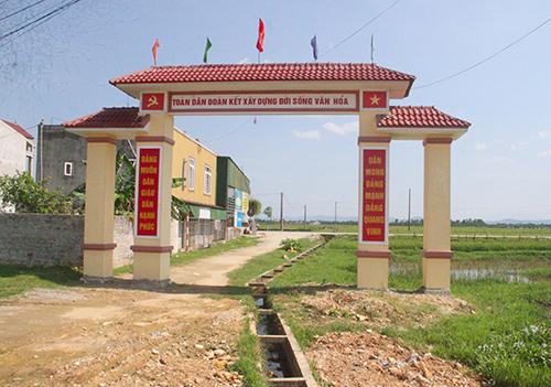 Cổng làng Bắc Bình chụp ngày 7/5. Ảnh: Đức Hùng