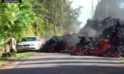 Nham thạch núi lửa tràn ra đường, nung chảy ôtô ở Hawaii