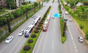 Tàu 'không đường ray' bắt đầu chở khách ở Trung Quốc