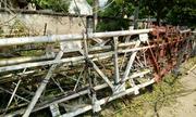 Lốc xoáy quật gãy cột viễn thông ở Thanh Hóa