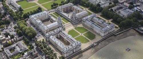 Toàn cảnh đại học Greenwich, một trong các trường đại học tọa lạc tại London có mức học phí phải chăng.