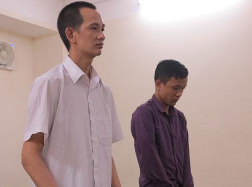 Hai bị cáo tại phiên tòa sơ thẩm.