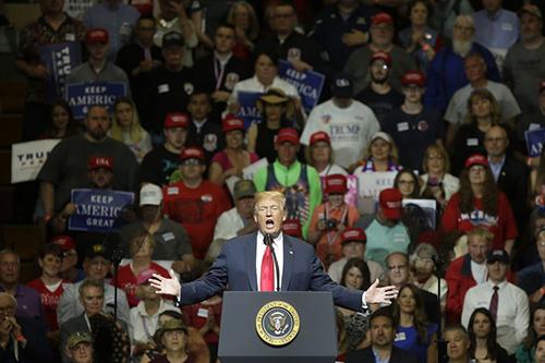 Tổng thống Trump phát biểu với người ủng hộở bang Indiana hôm 10/5