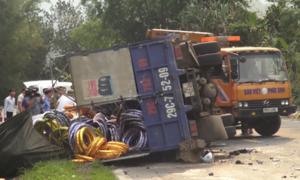 Xe tải mất lái tông liên hoàn khiến một người tử vong