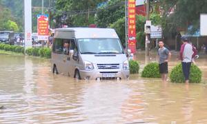 Nhiều tuyến đường ở Bắc Kạn ngập nặng sau mưa lớn
