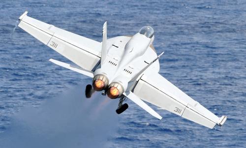 Tiêm kích F/A-18E thuộc Phi đoàn số 136. Ảnh: US Navy.