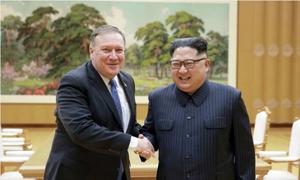 Hành trình đưa ba tù nhân ở Triều Tiên về nước của Ngoại trưởng Mỹ