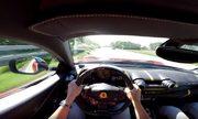Tay lái 'cầm cương' siêu xe chạy hơn 300 km/h