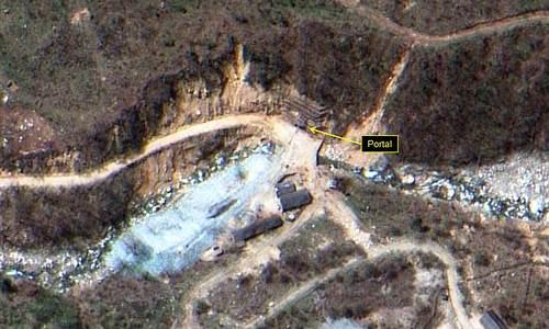 Một cổng đường hầm tại bãi thử hạt nhân Punggye-ri hồi năm 2016. Ảnh:Digital Globe.