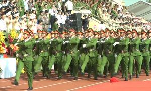 Học viên Cảnh sát diễu binh kỷ niệm 50 năm thành lập trường