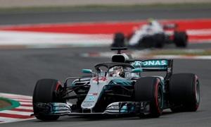 Hamilton chiến thắng chặng Tây Ban Nha