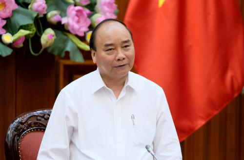 Thủ tướng Nguyễn Xuân Phúc chủ trì cuộc họp về xây dựng Chính phủ điện tử. Ảnh: VGP/Xuân Hoa