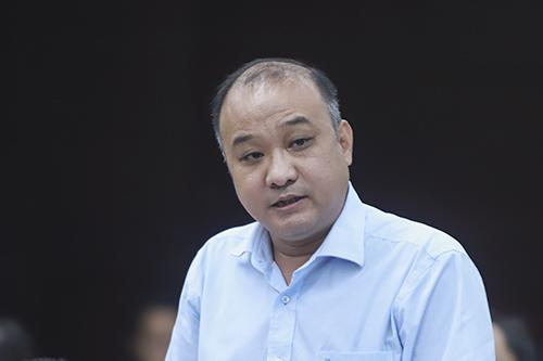 Ông Lê Quang Nam - Giám đốc Sở Tài nguyên và Môi trường Đà Nẵng cho biết bãi rác gây ô nhiễm sẽ chậm thời gian đóng cửa ít nhất trong 3 năm. Ảnh: Nguyễn Đông.
