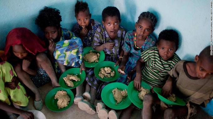 Khác biệt trong bữa trưa học đường của trẻ em thế giới