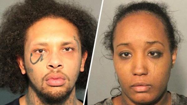 Cặp vợ chồng bị cáo buộc hành hạ con ở Mỹ. Ảnh: AP.