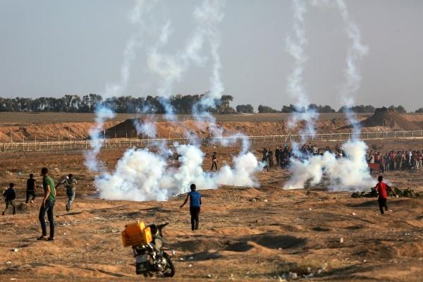 Người Palestine biểu tình ở Gaza. Ảnh: NewYorkTimes.