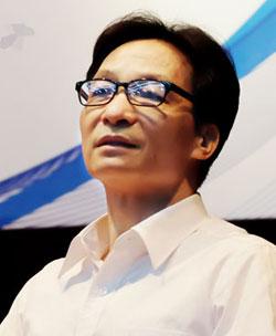 Phó thủ tướng Vũ Đức Đam khẳng định sẽ số hóa sách giáo khoa mới, cung cấp miễn phí cho học sinh. Ảnh: Quỳnh Trang.