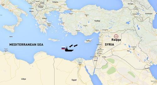 Nga năm 2015 phóng tên lửa từ Địa Trung Hải vào mục tiêu phiến quân ở Raqqa. Đồ họa: RT.