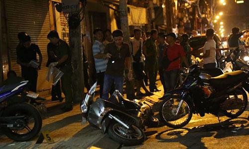 Hiện trường các hiệp sĩ ở Sài Gòn bị nhóm trộm đâm trọng thương. Ảnh: Sơn Hoà.